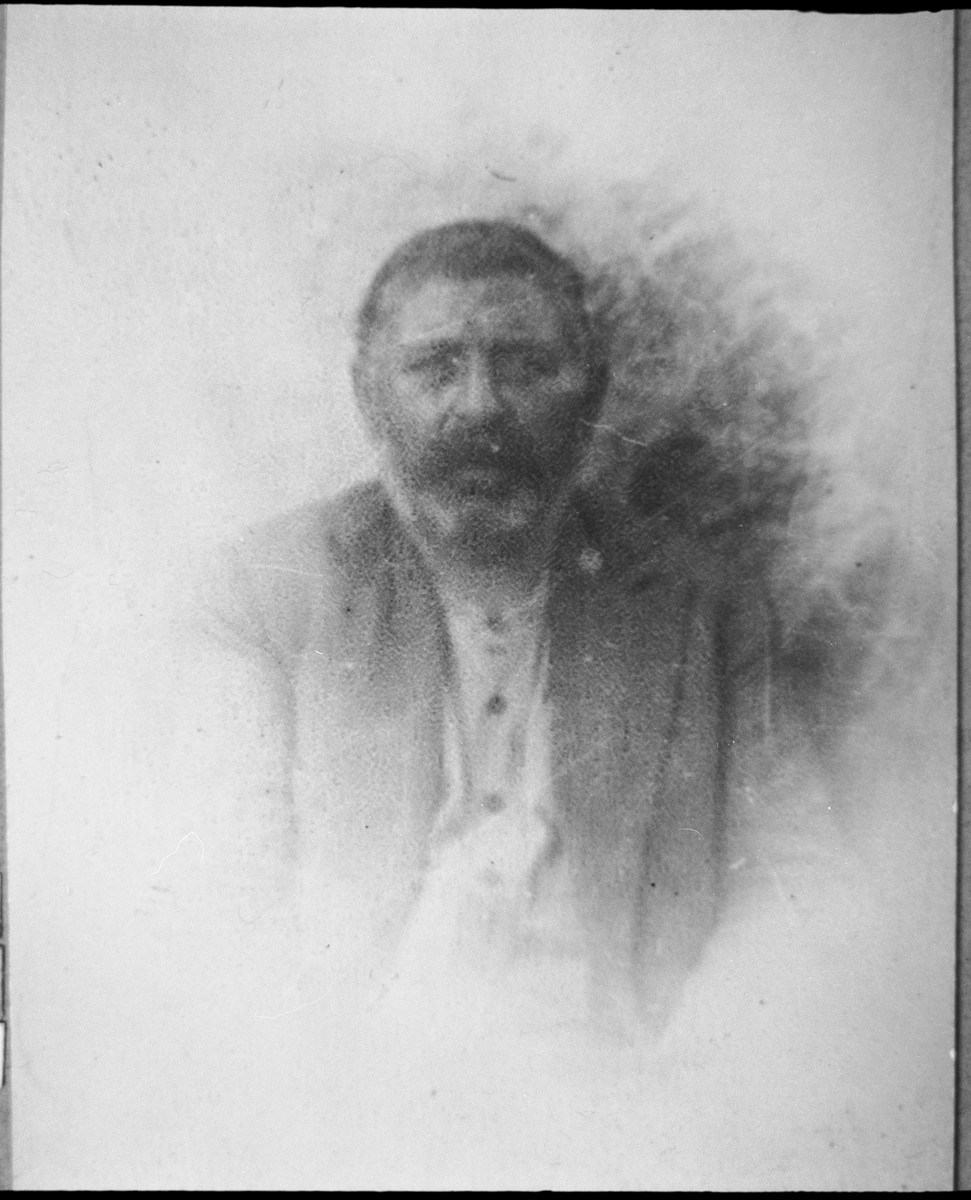 Portrait of Benzion Mishulam.  He lived at Orizarska 7 in Bitola.