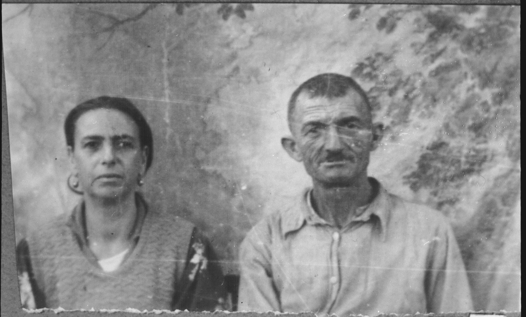 Portrait of David Mishulam and his wife, Klara.  David was a porter and Klara, a laundress.  They lived at Kossantchicheva 14 in Bitola.