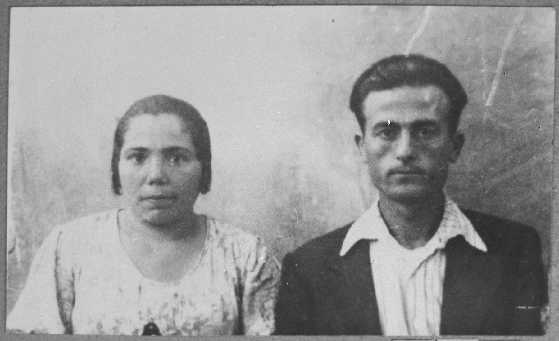 Portrait of Avram Navon and his wife, Suncho. Avram was a sackmaker.  They lived at Synagogina 10 in Bitola.