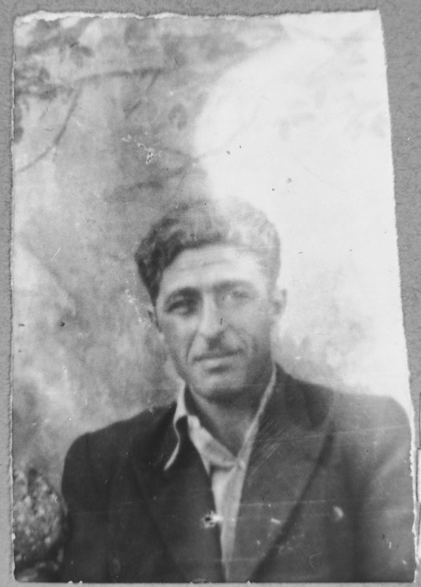 Portrait of Gabriel Mishulam, son of Benzion Mishulam.  He was a laborer.  He lived at Orizarska 7 in Bitola.