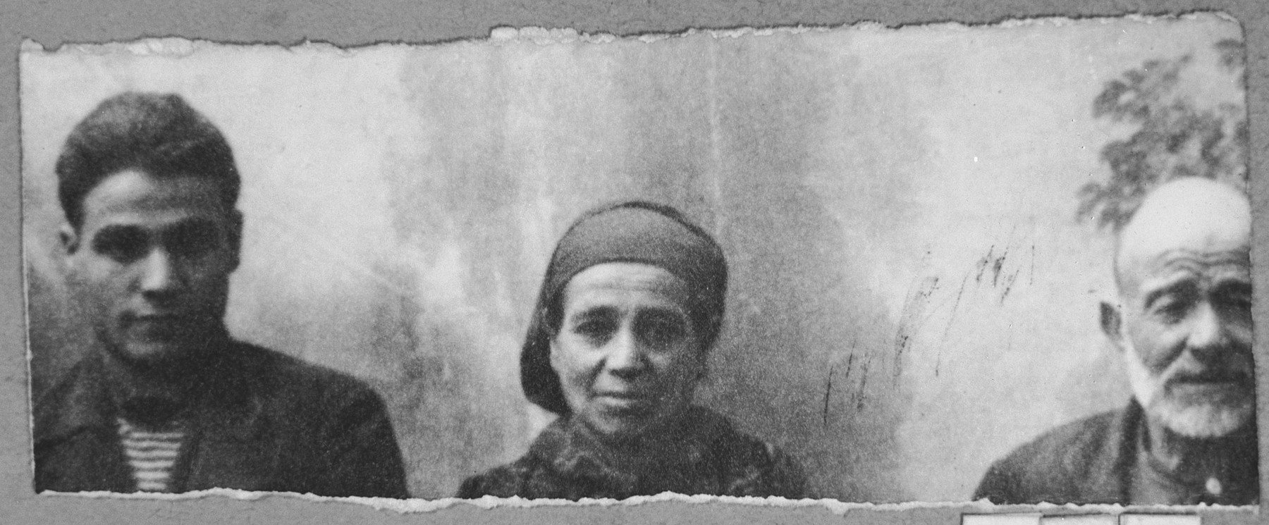 Portrait of Solomon Rosilio, his wife, Suncho, and his son Mair.  They lived at Sinagogina 5 in Bitola.