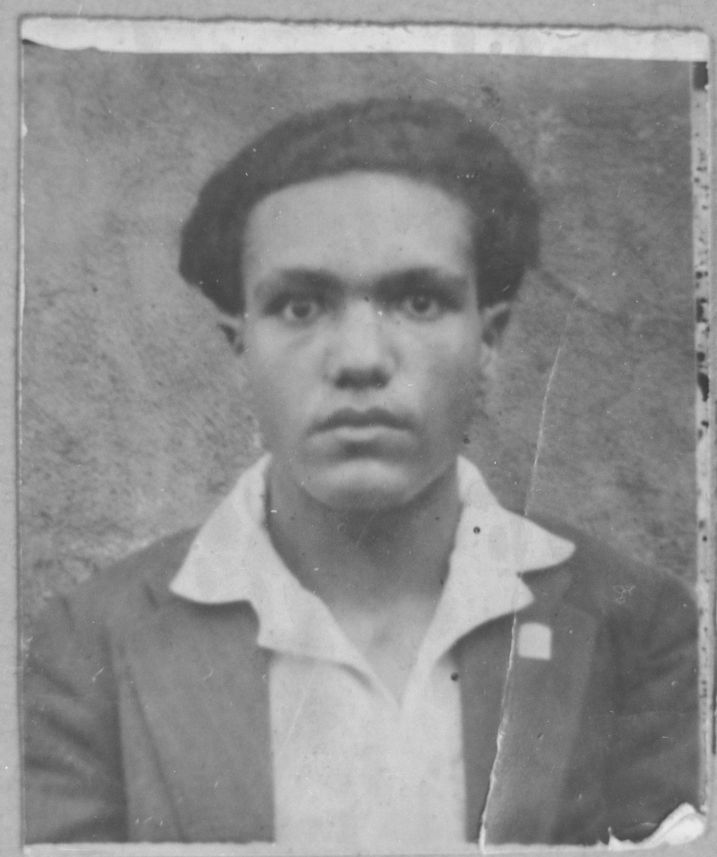 Portrait of Rufel Pesso, son of Shabetai Pesso.  He was a tailor.  He lived at Novatska 12 in Bitola.