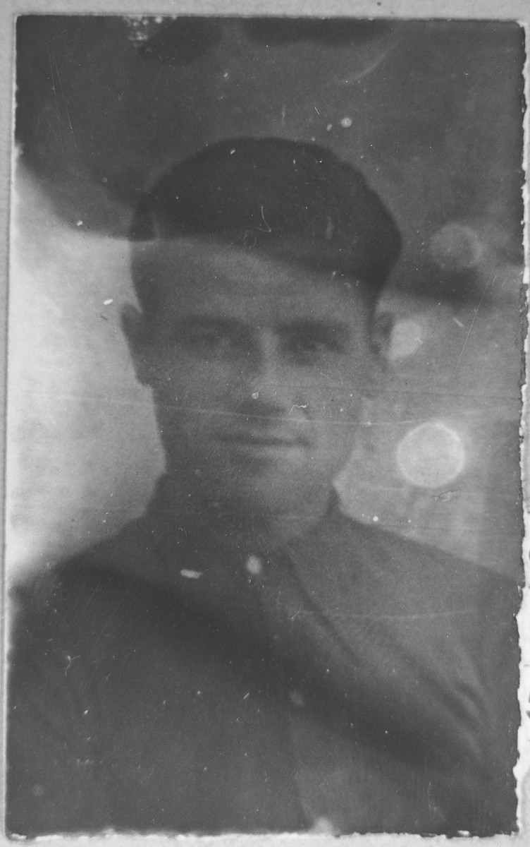Portrait of unidentified man with last name: Pardo.