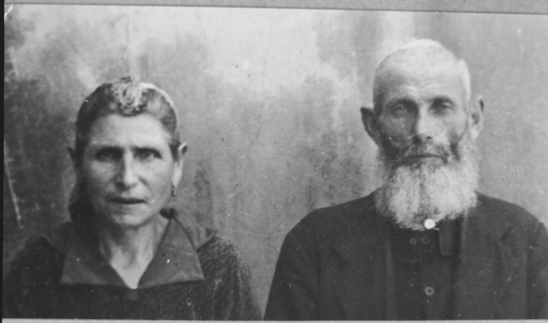Portrait of Yanto Pesso and his wife, Ester.  Yanto was a second-hand dealer.  They lived at Herzegovatska 30 in Bitola.