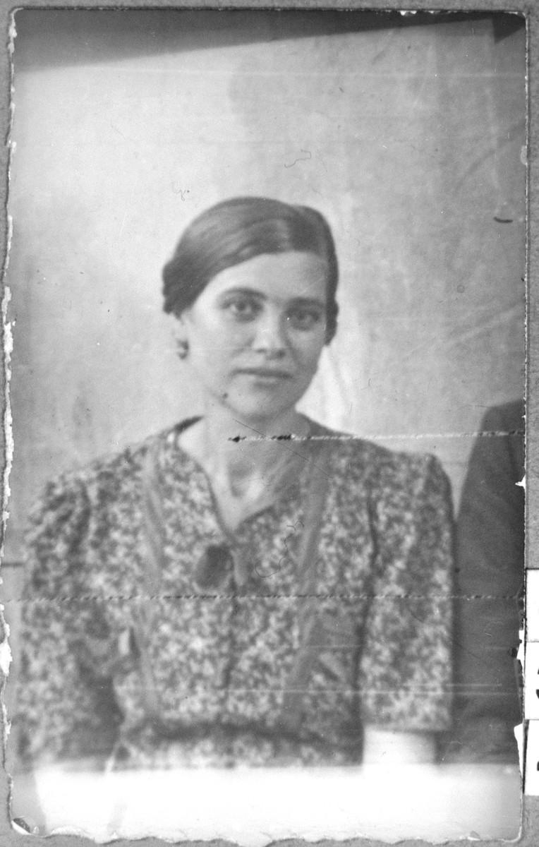 Portrait of Suncho Pardo, wife of Yakov Pardo.  She lived at Karagoryeva 63 in Bitola.