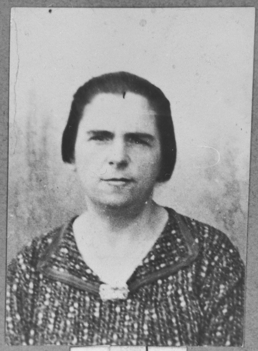 Portrait of Alegra Pesso, wife of Avram Pesso.  She lived at Zvornitska 23 in Bitola.