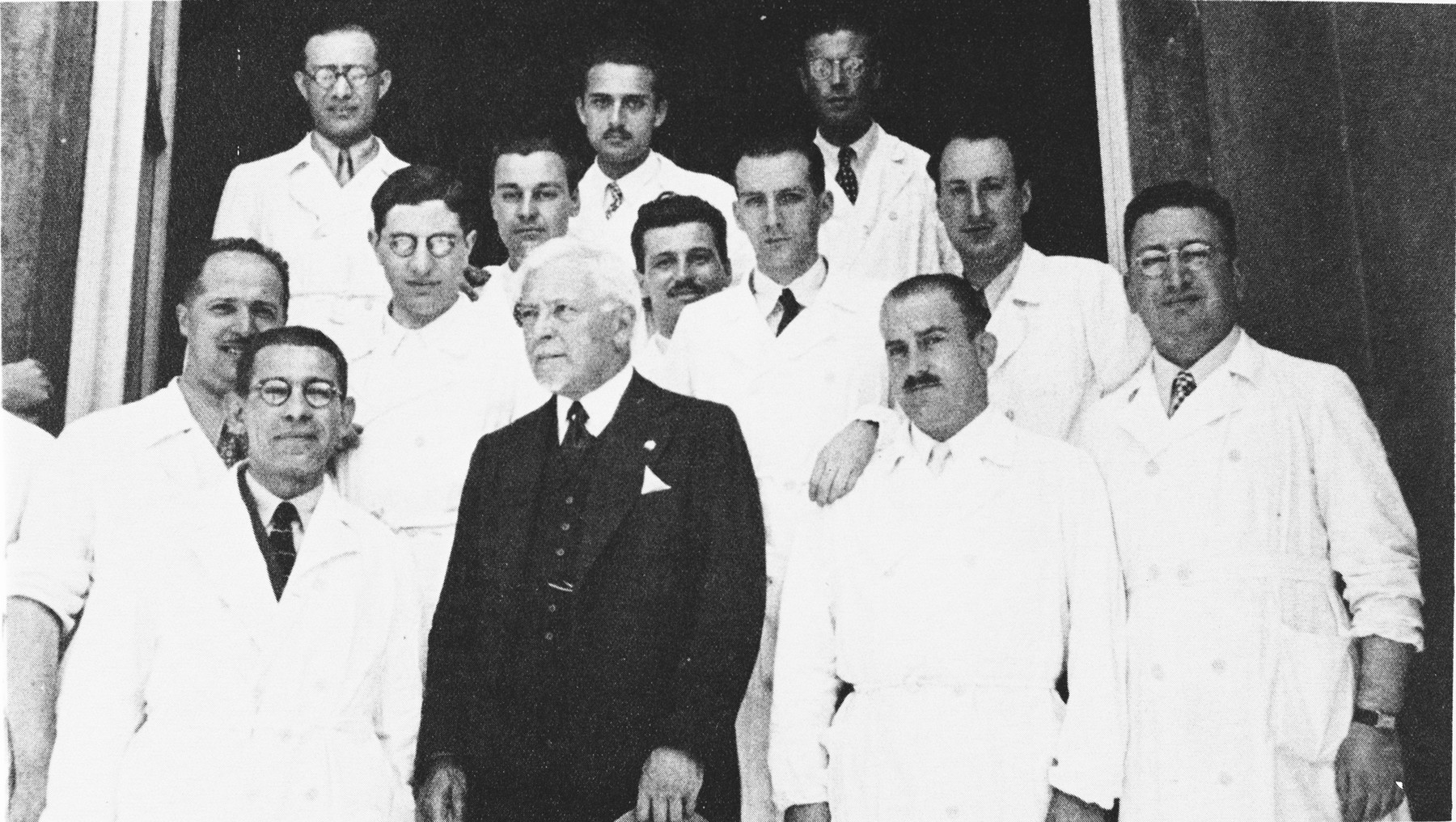 Group portrait of medical students and faculty of the University of Florence.  Nathan Cassuto is standing in the second row, second from the left.