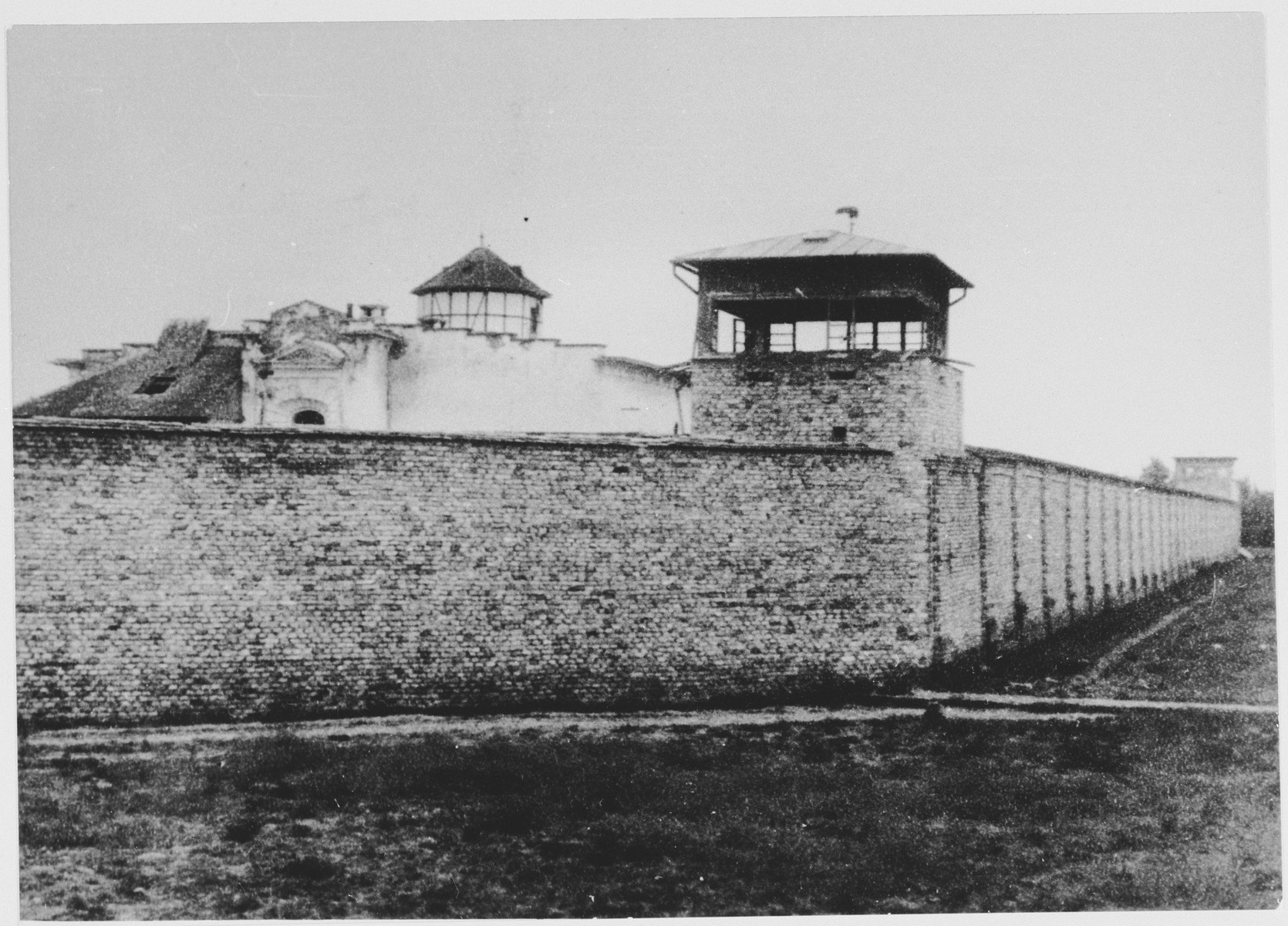 View of the Stara Gradiska concentration camp.  Pictured is the eastern and southern wall of the camp and corner watch tower.