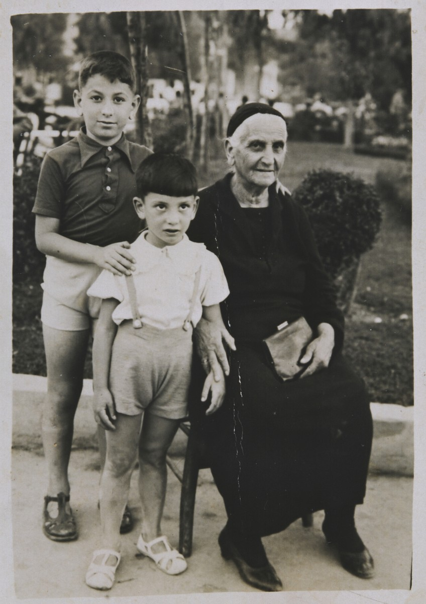 Portrait of Samuel Nehama (left), his brother Nehama Nehama, and their maternal grandmother Miriam Kolonomos.