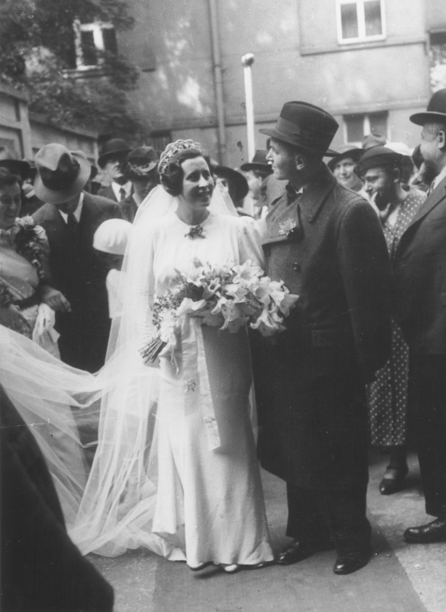 A Jewish bride and groom, Anna and Beno Vogel, on their wedding day [probably in Prague].