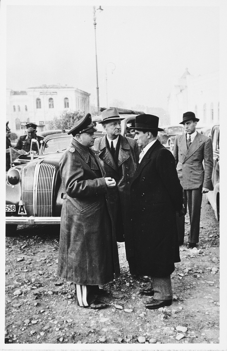 Mihai Antonescu (right), Vice-President of the Council of Ministers (1941-1944) and deputy to Ion Antonescu, confers with General Gerstenberg of Germany.