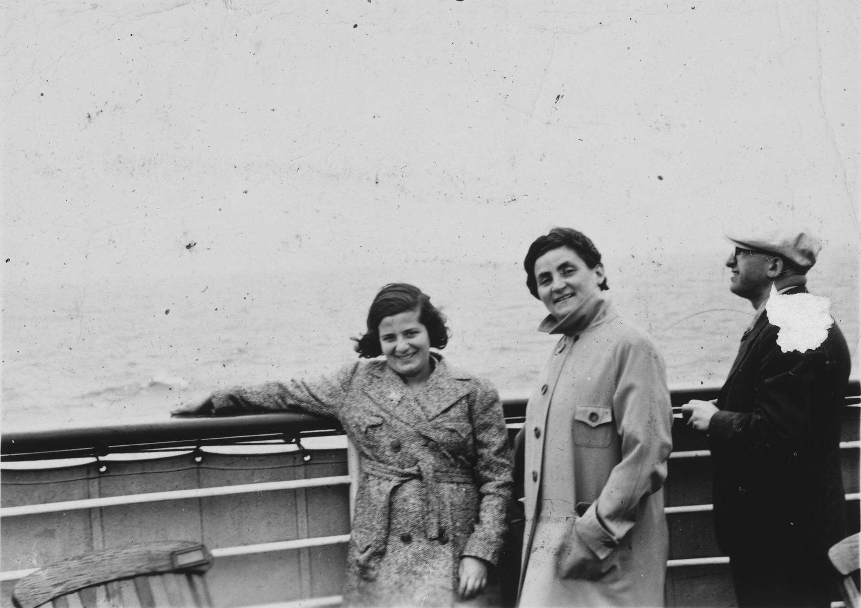 Loewinsohn family on board the MS St. Louis.  (Girl at left is Hella Loewinsohn.)
