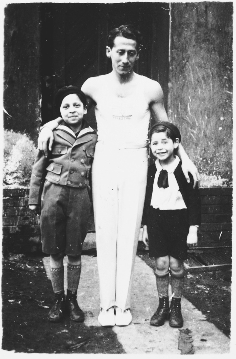 Alex Hochhauser poses with his two nephews, Ernst and Jacob.    The nephews died in 1942.
