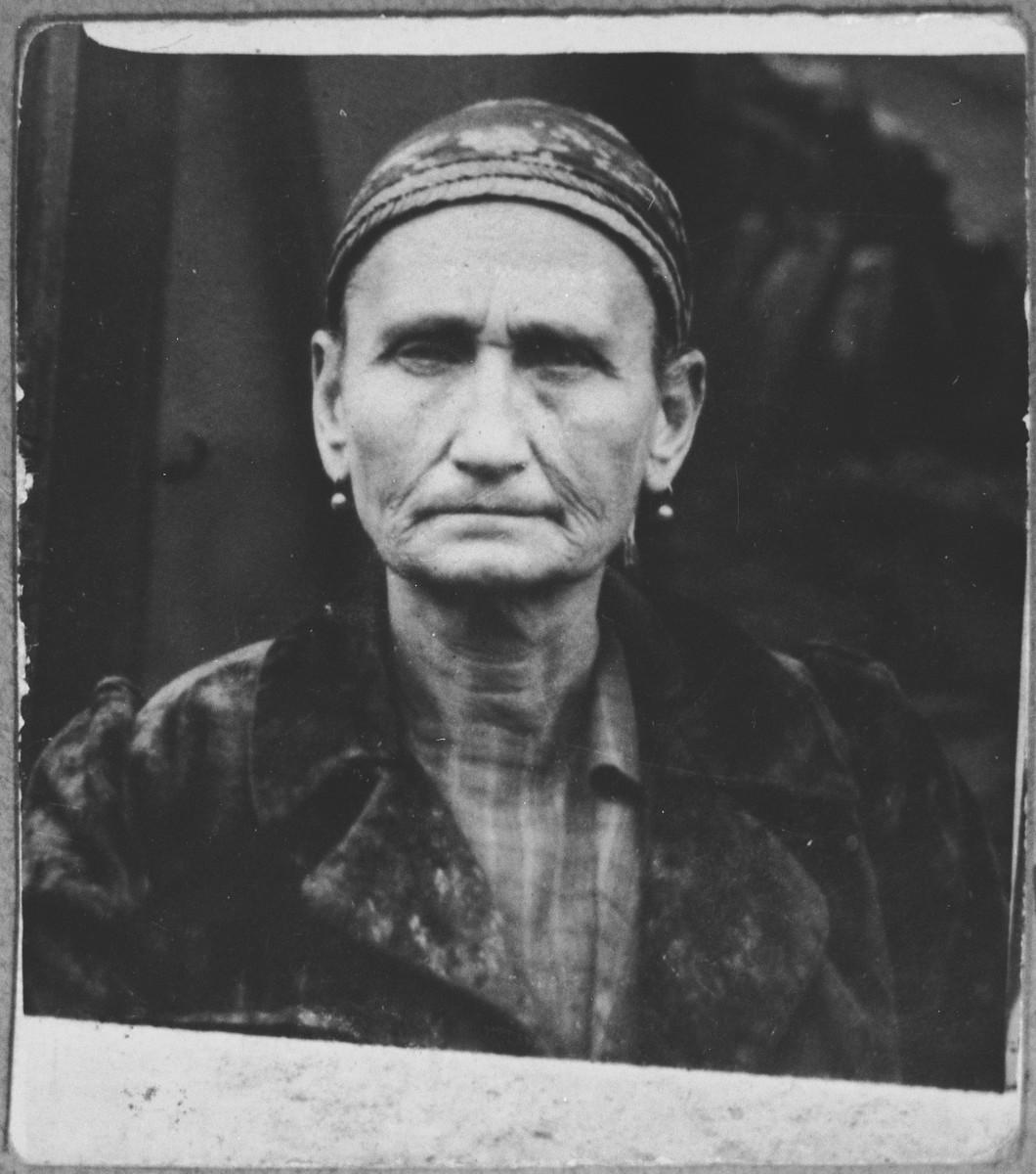 Portrait of Buena Kassorla, wife of Yosef Kassorla.  She lived at Zvornitska 29 in Bitola.
