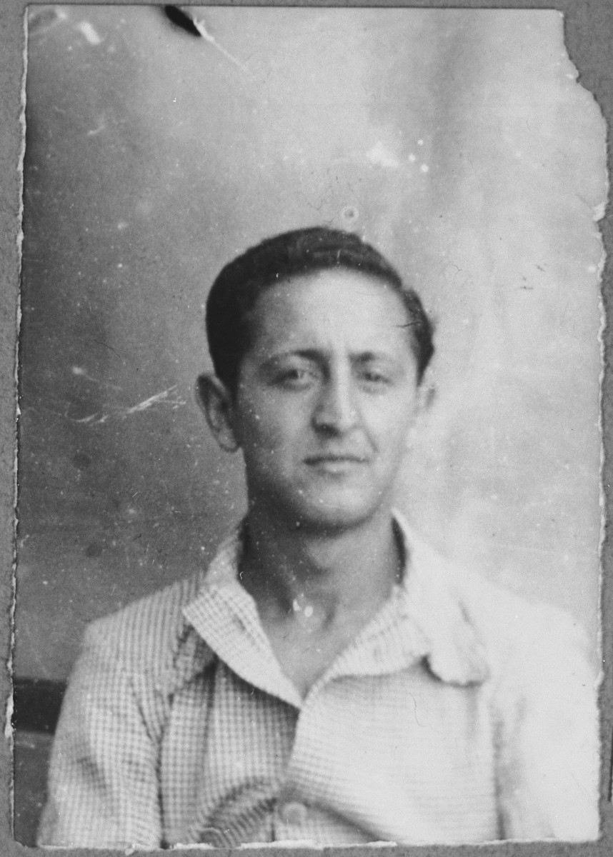 Portrait of Michael Mayo, son of Yakov Mayo.  He was a student.  He lived at Dalmatinska 63 in Bitola.