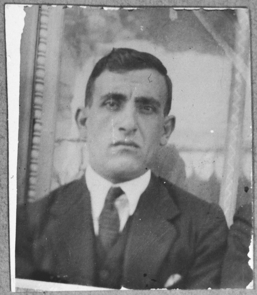 Portrait of Solomon Kamchi.