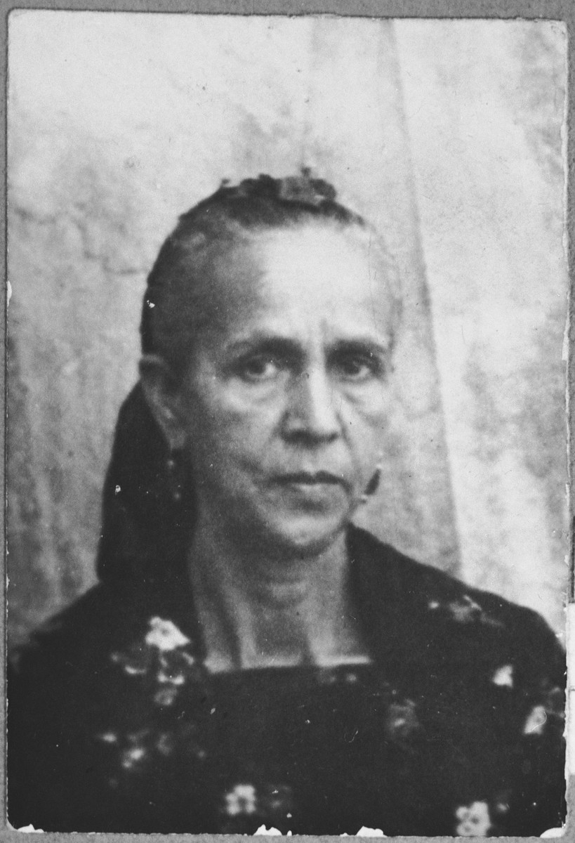 Portrait of Vida Koen, [wife of Avram Koen].