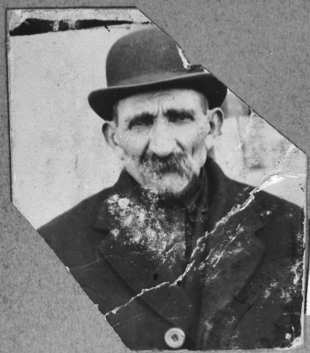 Portrait of Isak Kassorla.