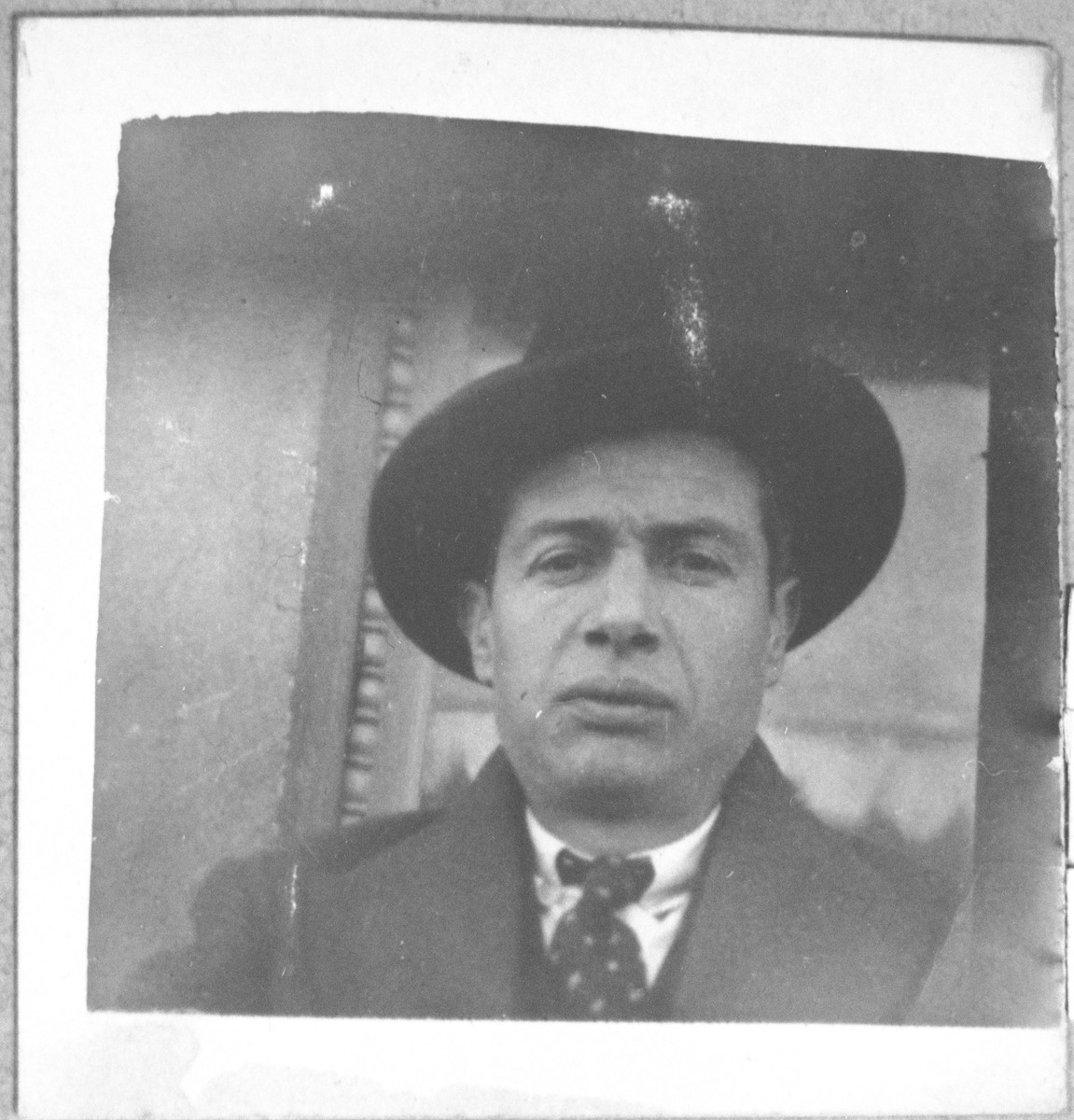 Portrait of unidentified man.