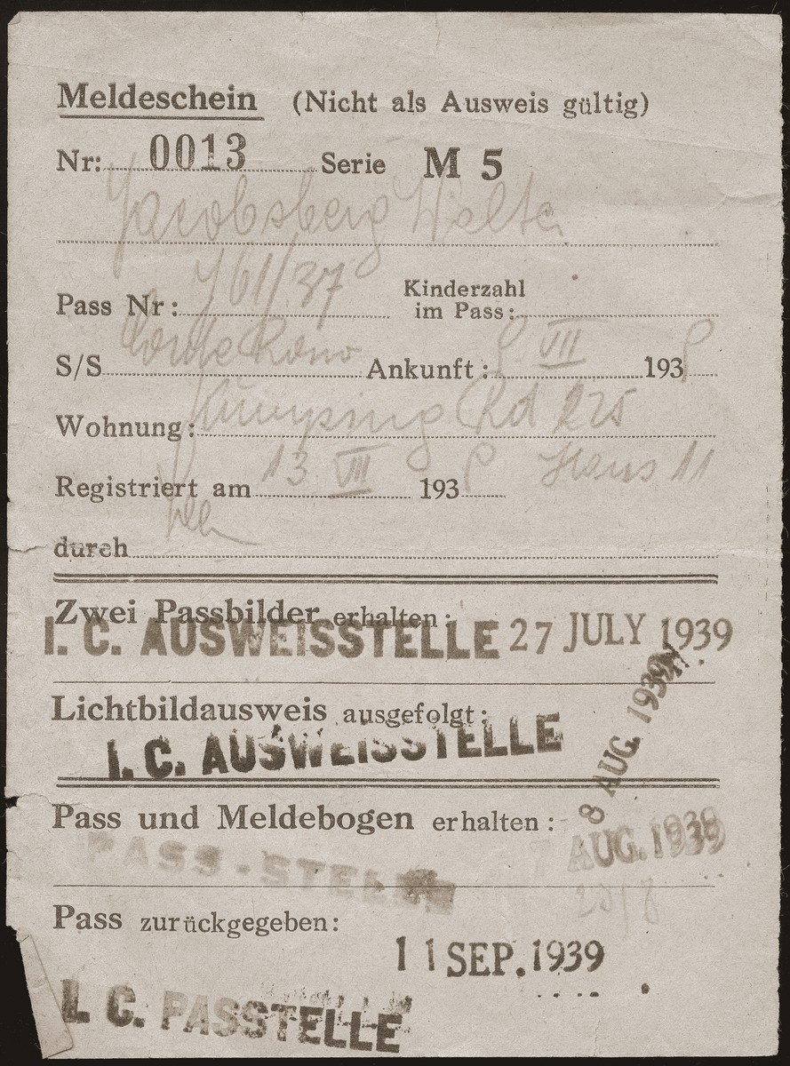 A registration certificate issued to Walter Jacobsberg upon his arrival in Shanghai.