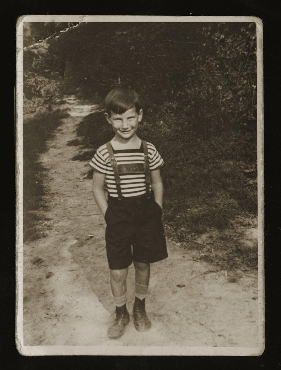 Portrait of Ilie Wachs, age six.