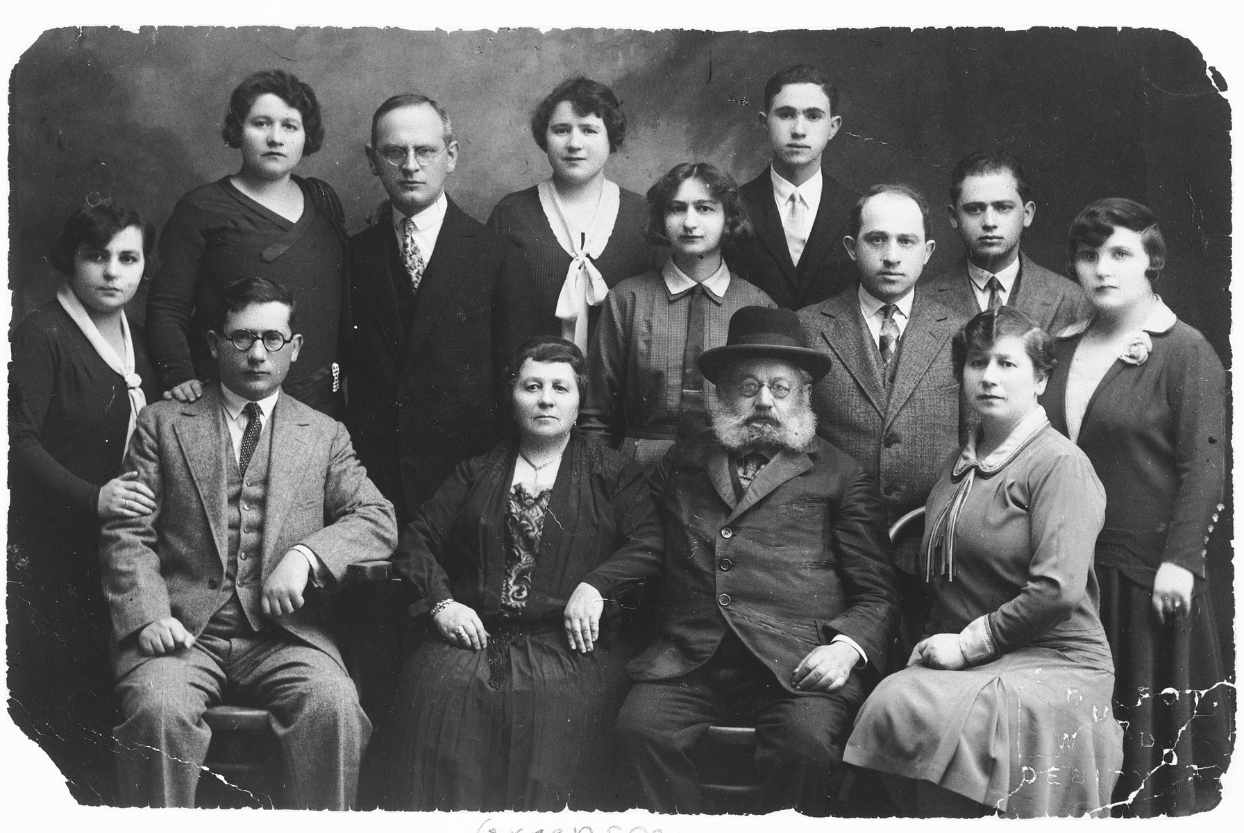 Studio portrait of the extended Greenspan family in Debica, Poland.