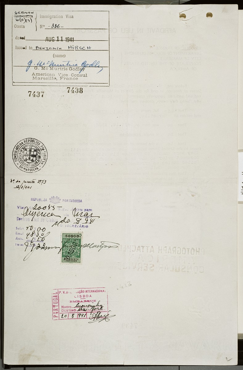 Page two of an affidavit in lieu of passport issued to the Jewish refugee child Benjamin Hirsch prior to his departure for the U.S. in 1941.