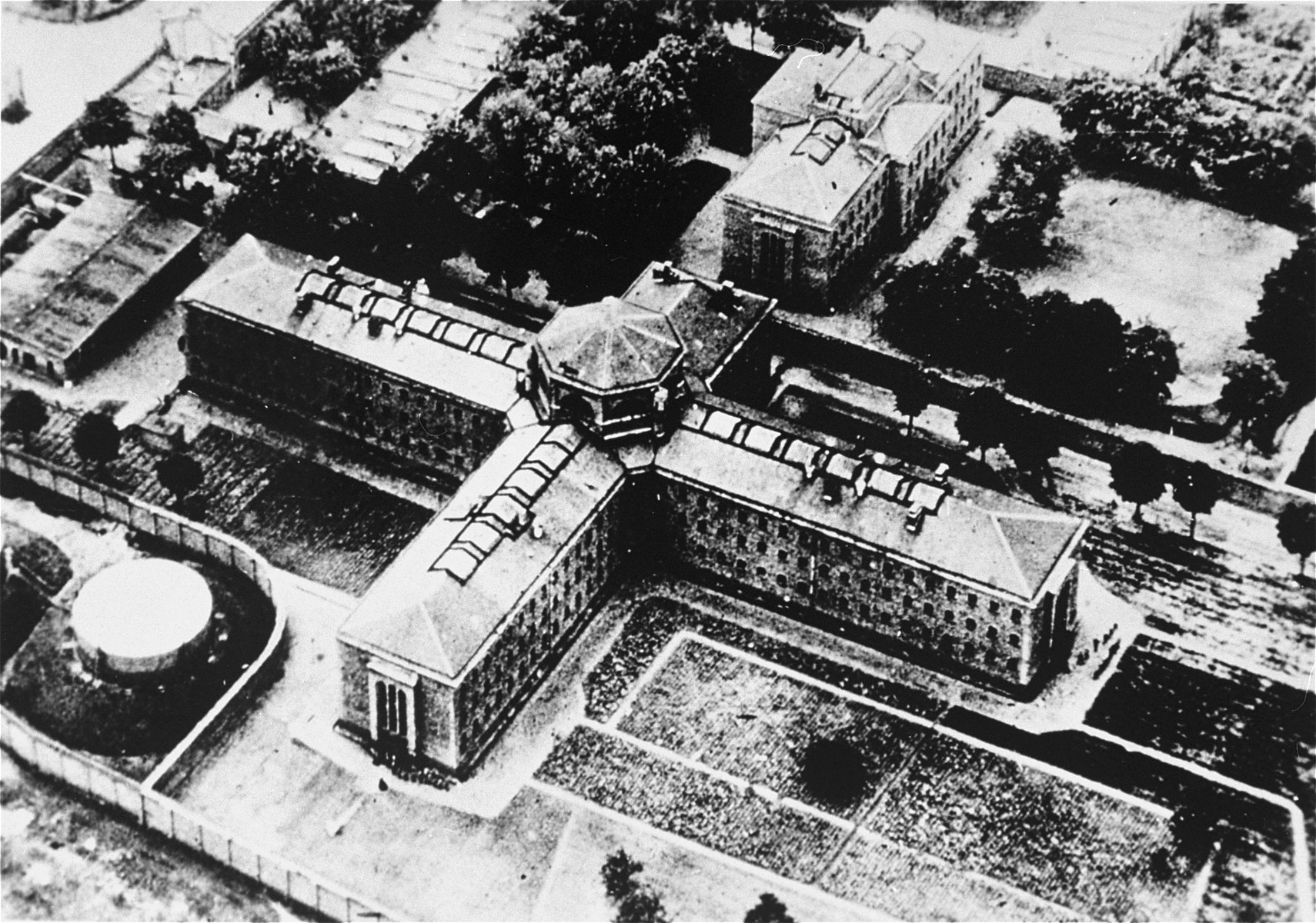 View of the Ploetzensee prison in Berlin.