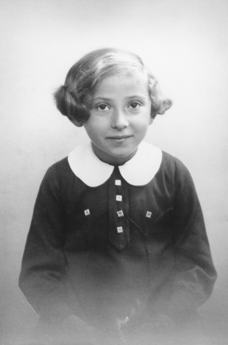 School portrait of Hanna Rawicz in Montreuil, France.