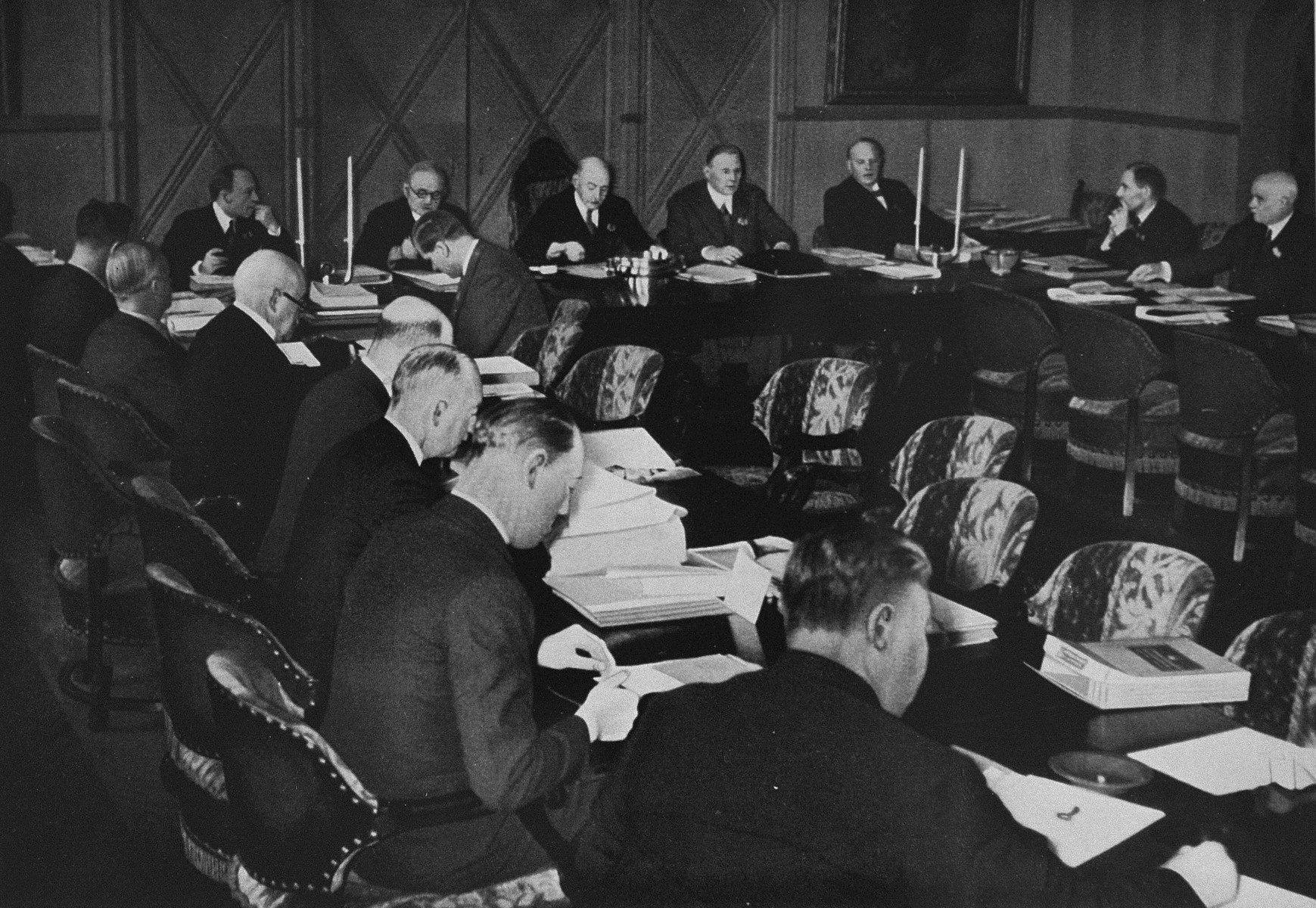 The International Olympic Committee meets in Oslo to hear a report on preparations for the following year's games.