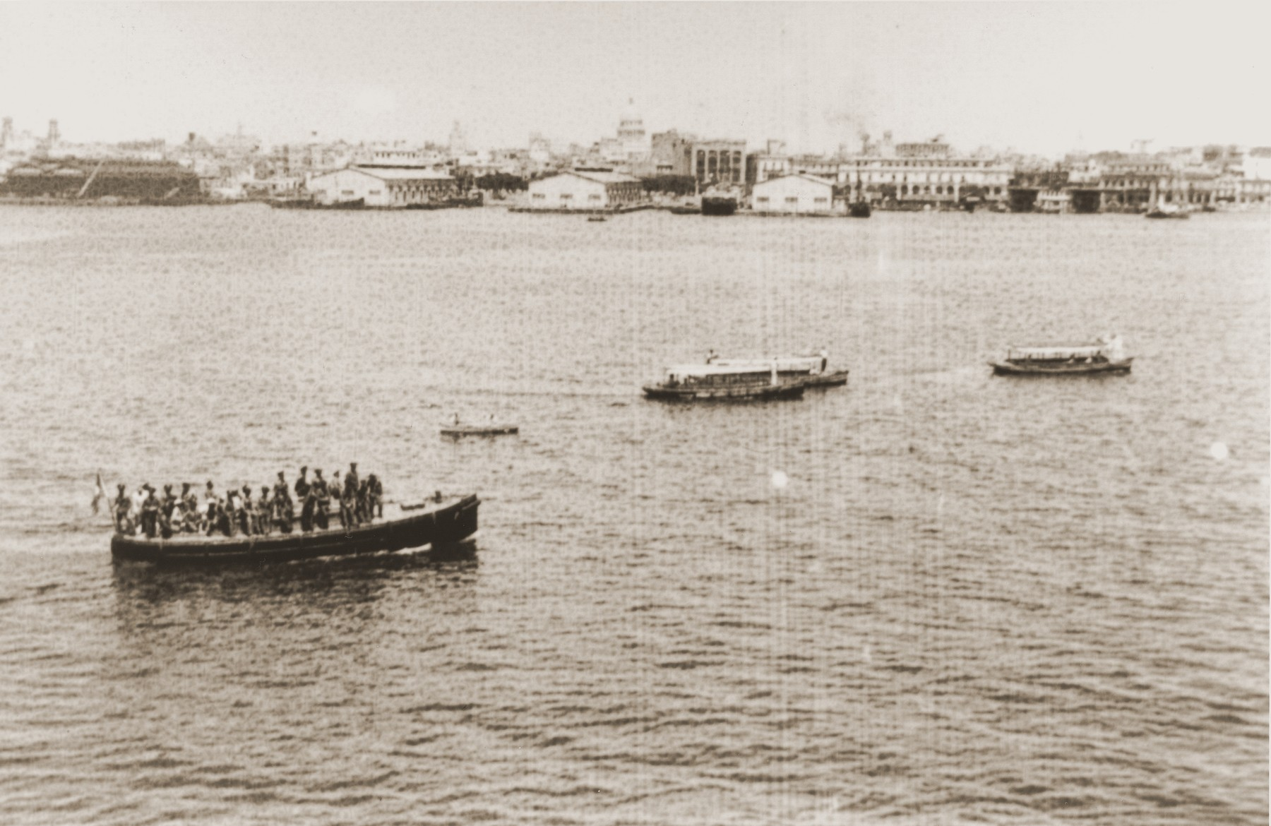 View of Havana harbor with several small boats carrying relatives of St. Louis passengers, Cuban officials and other negotiators seeking to resolve the St. Louis crisis.
