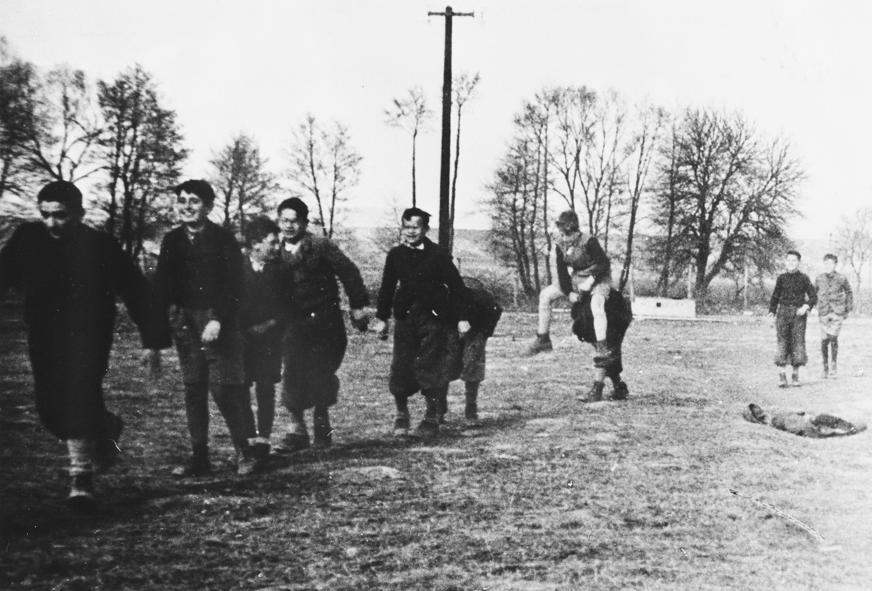 Children play outside at a Slovak labor camp.