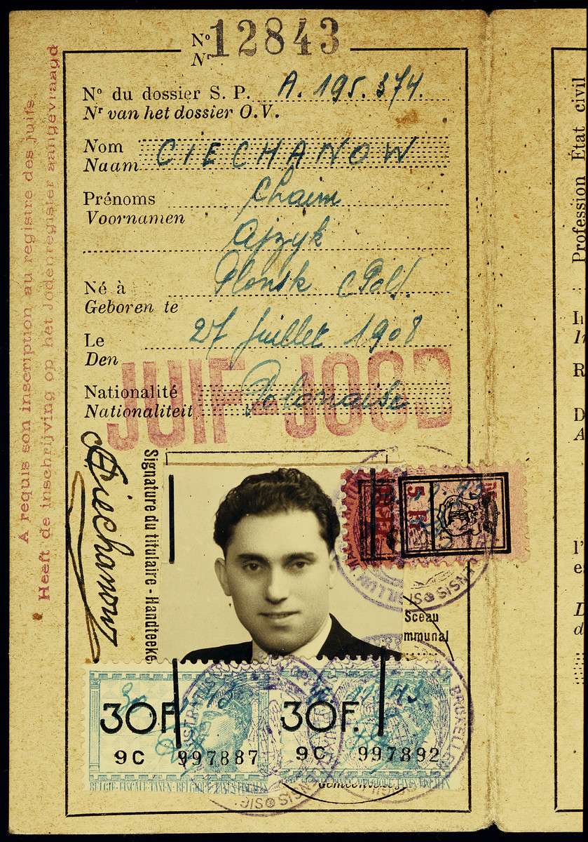 Alien identification card issued to Chaim Ciechanow, uncle of the donor.  These papers were kept at the transit camp, Malines, after his deportation to Auschwitz.  Malines held on to the documentation for sixty-two years before sending it to Flora Singer, the surviving next-of-kin, in 2006.