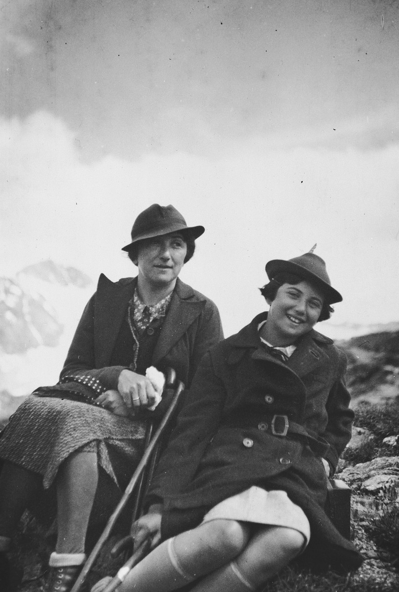 A Jewish mother and her daughter go hiking in the Austrian mountains.  Pictured are Olga and Susi Popper.
