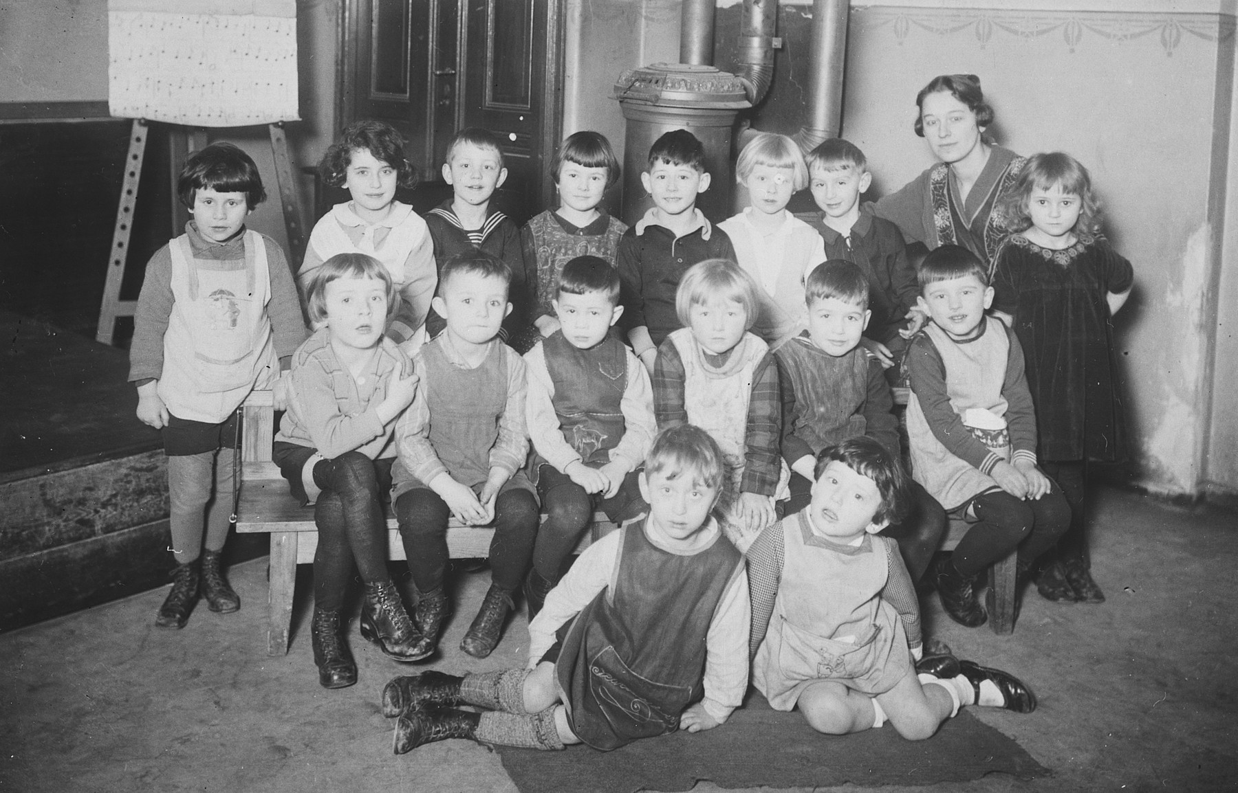 Group portrait of a first grade class in Berlin, Germany.  Among those pictured is Erich Zielenziger, standing in the back , fifth from the right.