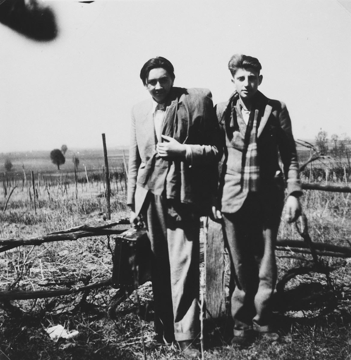 Two Hungarian Jewish teenagers cross the border into Czechoslovakia while en route to Italy and eventually Israel.  Pictured on the left is Ivan Pal.