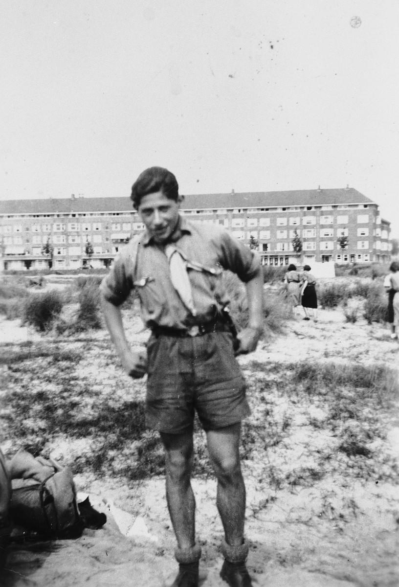 Close-up portrait of a teenager wearing his Maccabi Hatzair uniform.  Pictured is Erich Zielenziger.