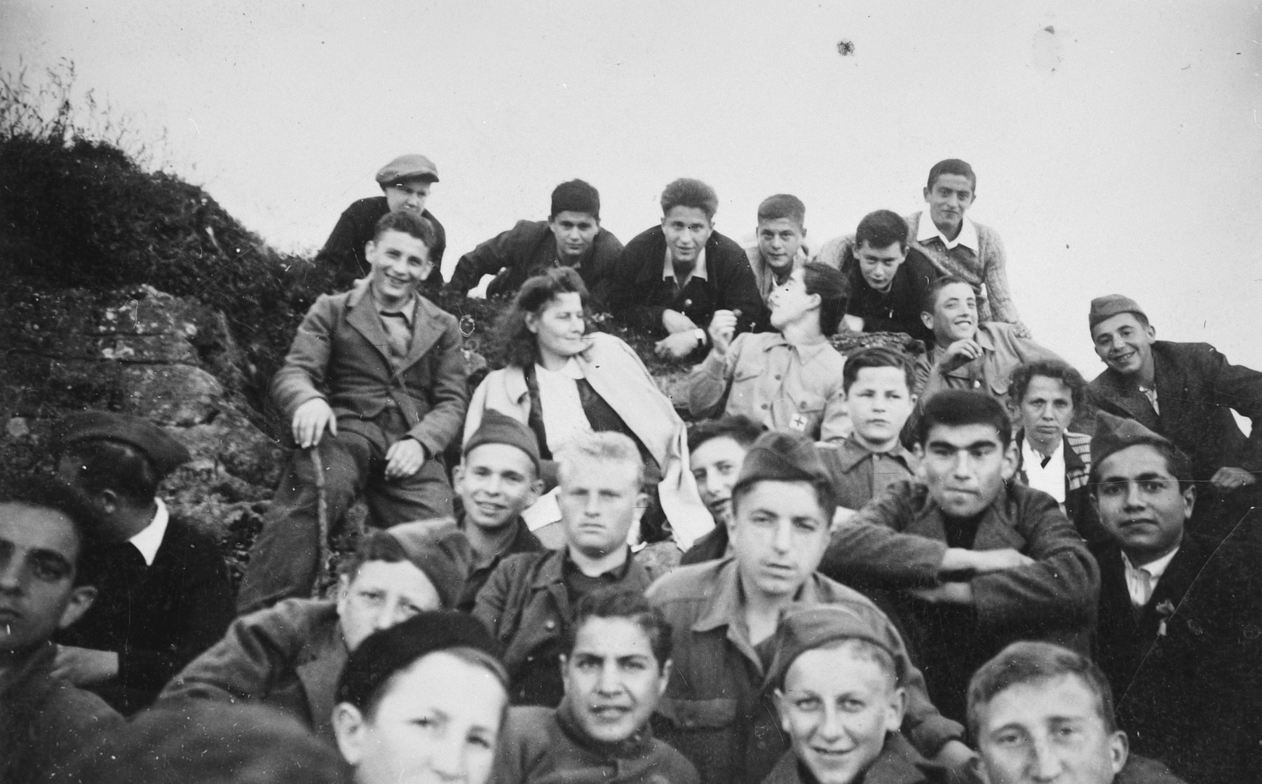 Group portrait of Jewish youth in a children's home in Switzerland.  Moniek Szmulewicz is among those pictured.  Monek (Murry) Goldfinger is on the far right, second from the top.