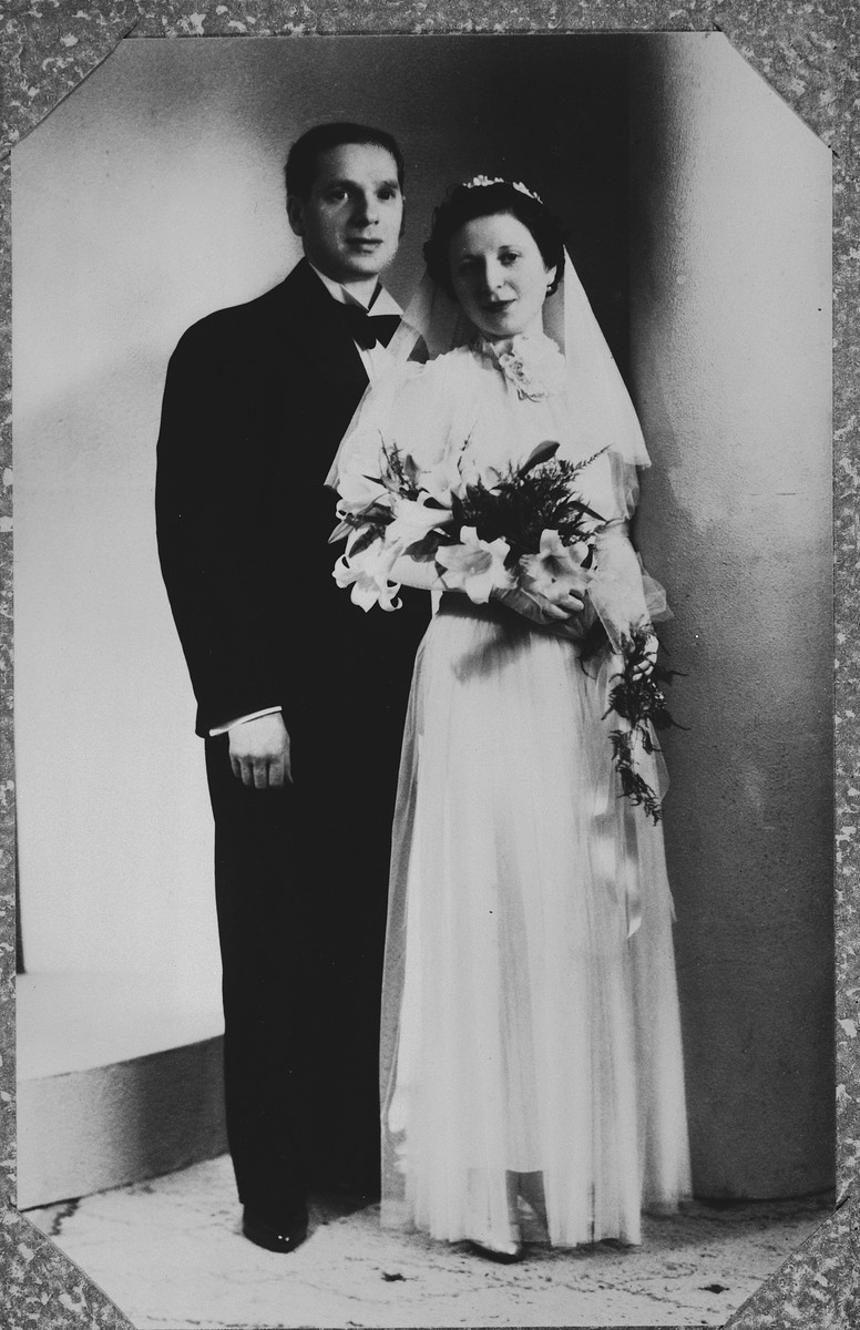 Wedding portrait of a Belgian-Jewish couple in Brussels.  Pictured are Fajga Orenbuch and Jacques Aizenberg.