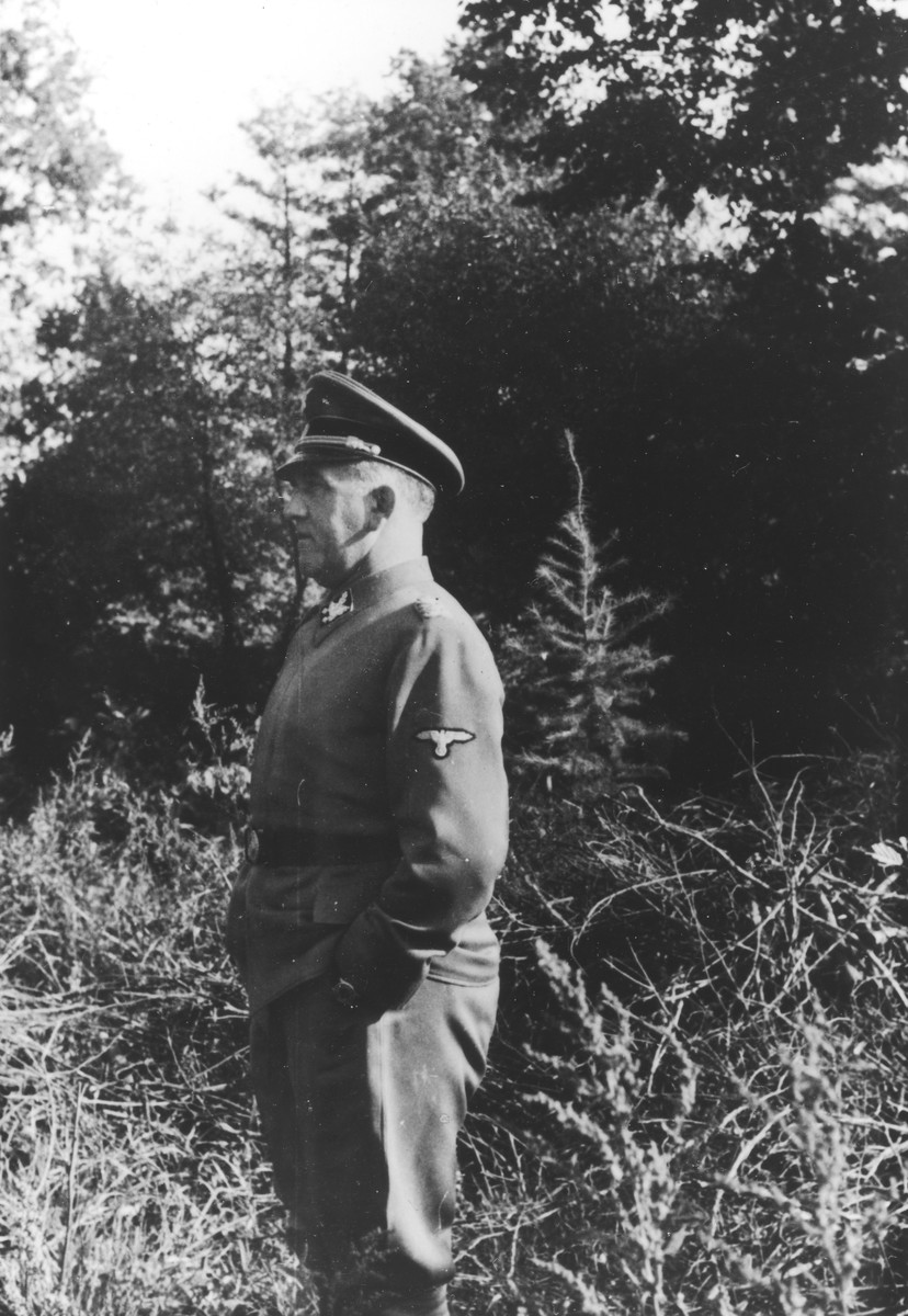 SS General Oswald Pohl pays an official visit to Auschwitz.