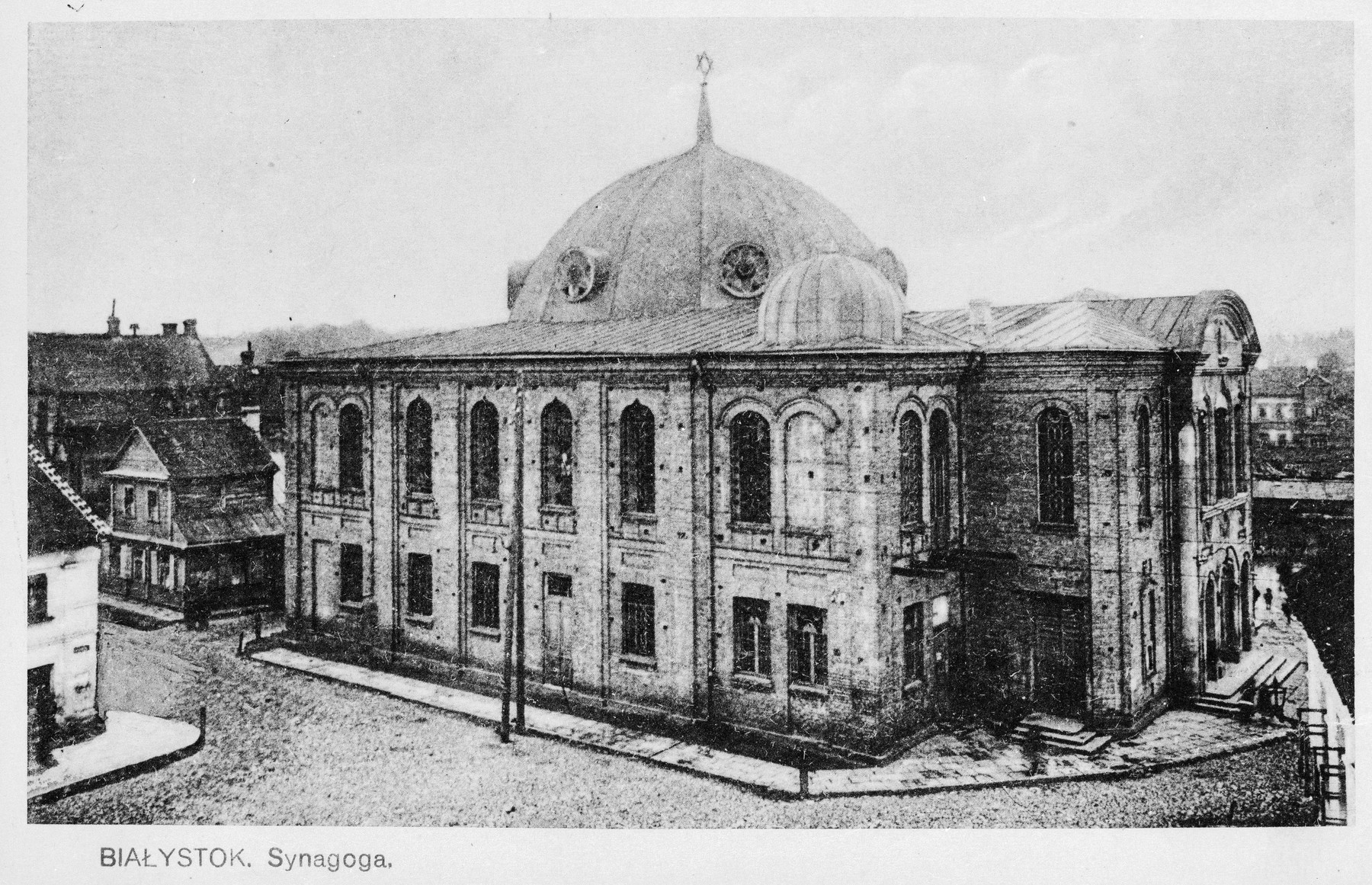 Exterior view of the synagogue in Bialystok.