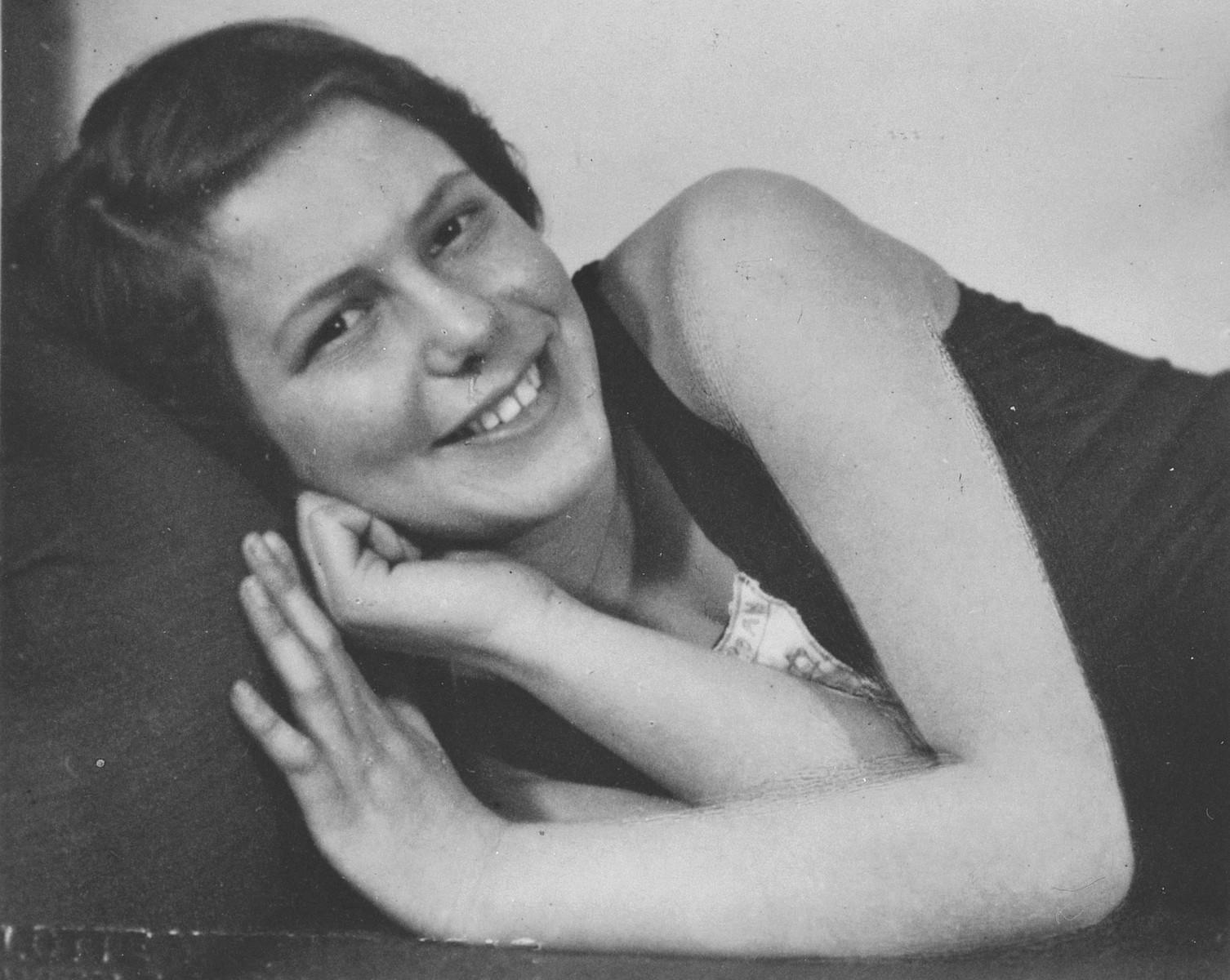 Close-up portrait of Austrian-Jewish swimming champion, Judith Deutsch.