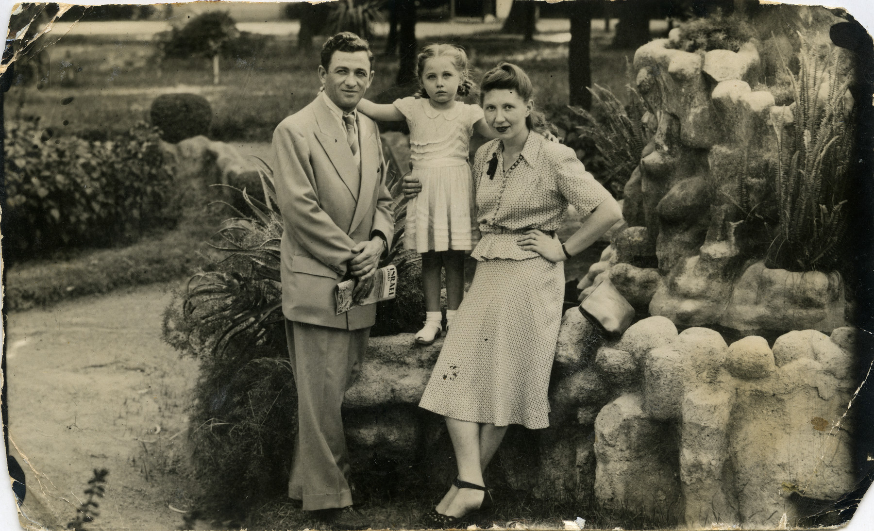 A Jewish family poses for a family portrait in Cordova.   Shulamit Kagan is pictured with her father, Lieb (Leon) Kagan and with her mother, Lisa Fishko Kagan,.