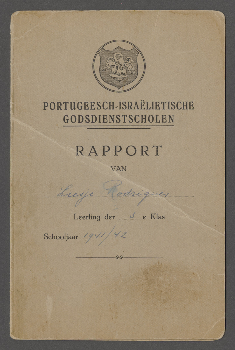 Report card issued to Elisabeth (Liesje) Rodrigues by the Portuguese Jewish school which she attended after she was no longer permitted to attend a public school.