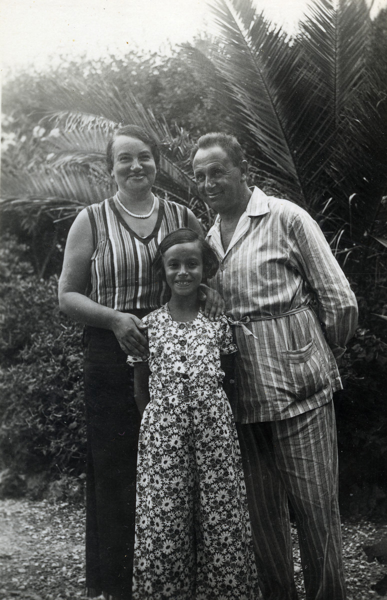 The Kohn family poses outside after moving to Milan.  Pictured are Gisella, Anna and Josef Kohn.