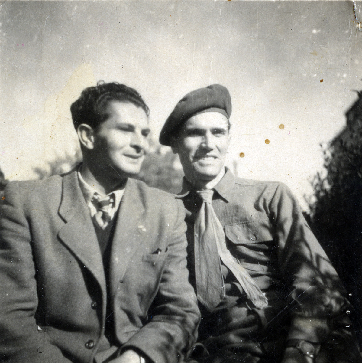Close-up portrait of Ernst Hellinger (right) with Zoltan Yakubovich (left).