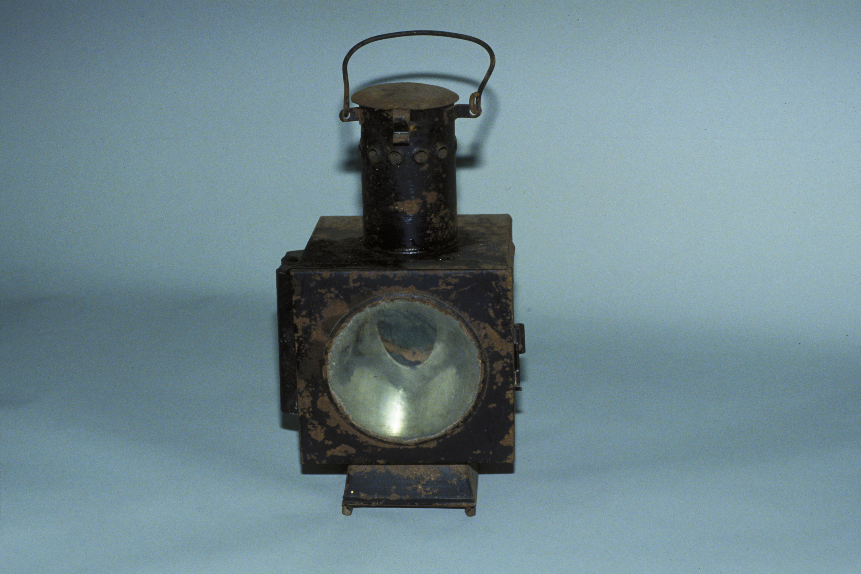 Railroad signal with oil lamp from the Sobibor station.