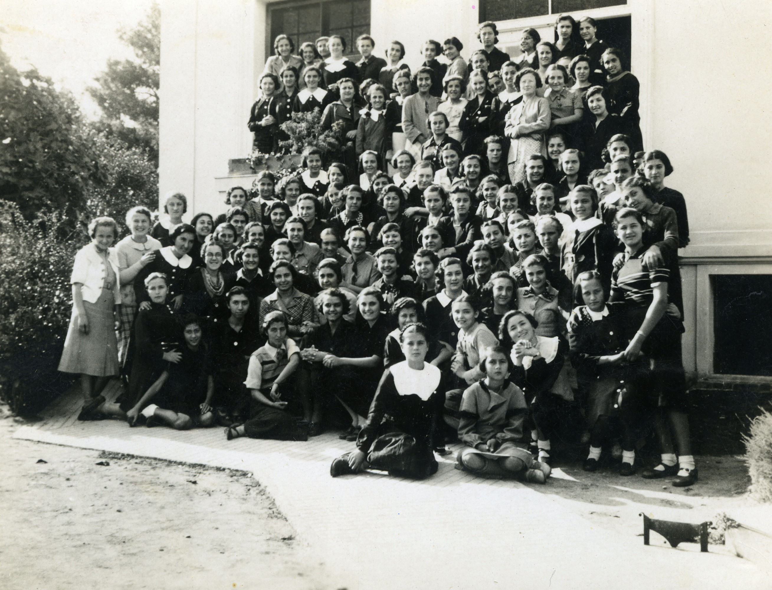 Group school photo of students in  the Anatolia girls school, second class in Salonika in 1937.
