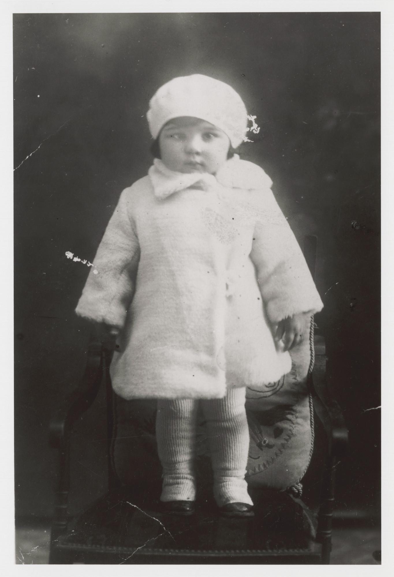 Portrait of Stella Levy.