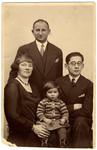 Pre-WW II portrait of the Pressman family in Berlin, Germany, early 1930s.